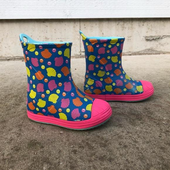 CROCS Other - Crocs Bump It Shell Printed Rain Boots Toddler 9